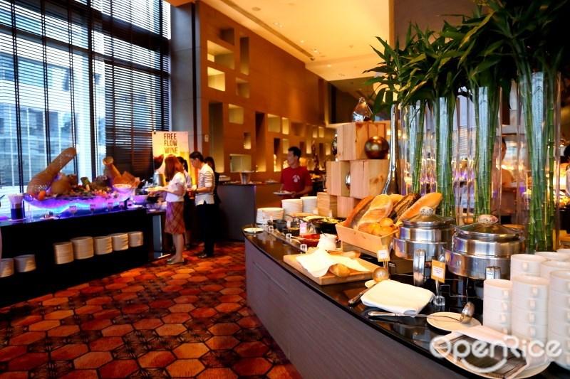 SEAFOOD BUFFET บุฟเฟ่ต์โรงแรมโนโวเทลเพลินจิต ณ ห้องอาหาร The Square