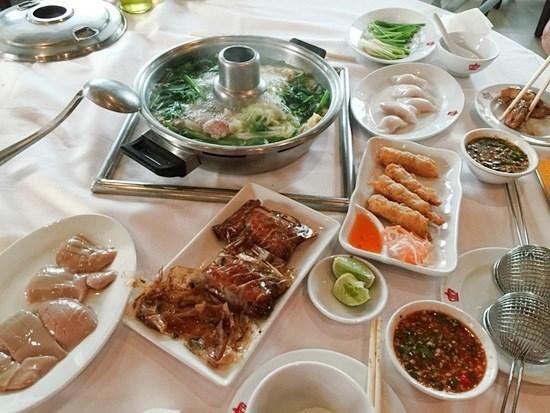 ชวนคุณแม่ไปทานร้านอาหาร วันแม่ 2558 ร้านอาหารครอบครัว โคคา สุรวงศ์