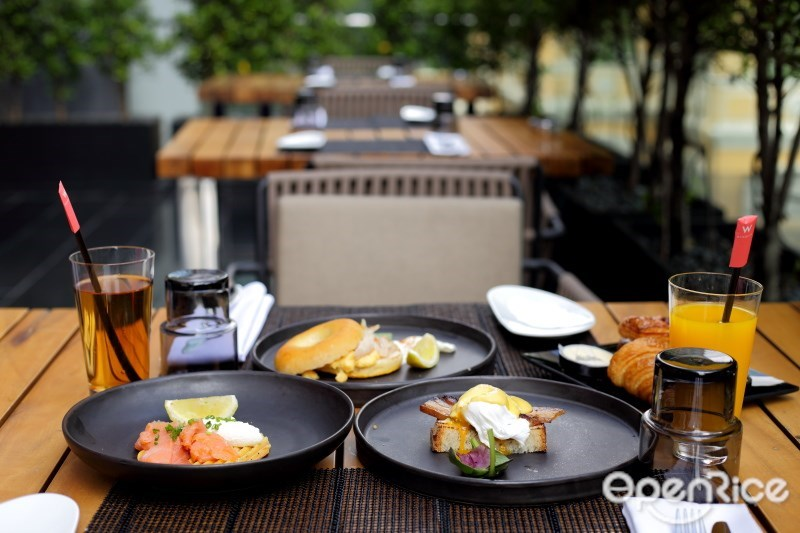 Lazy Sunday Brunch อาหารมื้อสายวันอาทิตย์ที่ The Kitchen Table W Hotel Bangkok