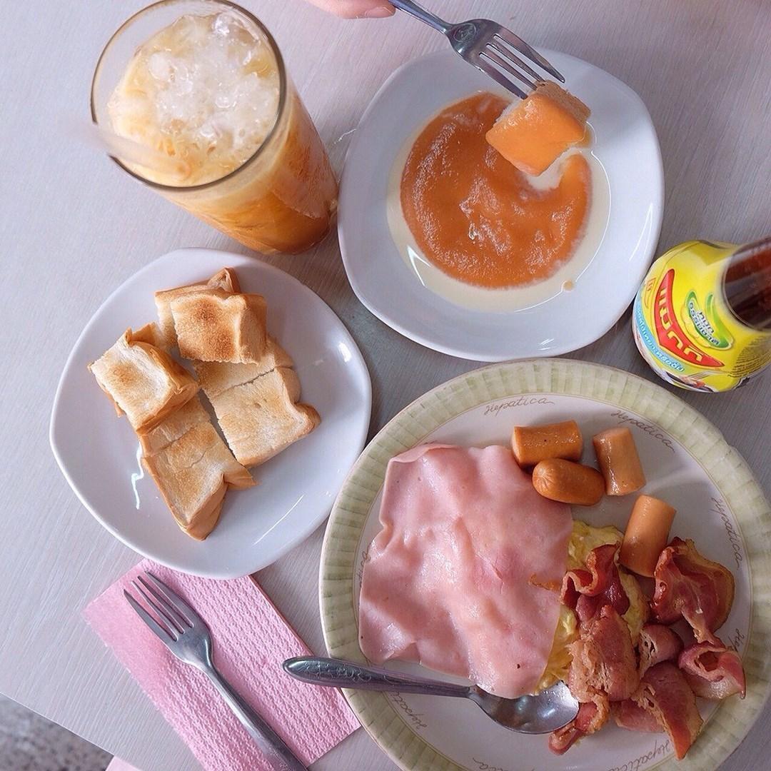 รวมร้านวันพ่อ ร้านอาหารเก่าแก่ ร้านอาหารครอบครัว ร้าน ออน ล๊อก หยุ่น (ON LOK YUN)