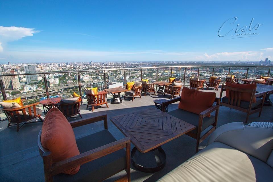 รวมร้าน Rooftop ดูพลุ และเคาท์ดาวน์สู่ปี 2016 ไปด้วยกัน! Cielo Rooftop Sky Bar & Restaurant
