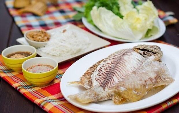 รวมร้านปลาเผาเจ้าเด็ด น้ำจิ้มแซ่บ เอาใจคนรักสุขภาพ ร้าน ปลาเผา หอมปลาเผา (Homplapao)