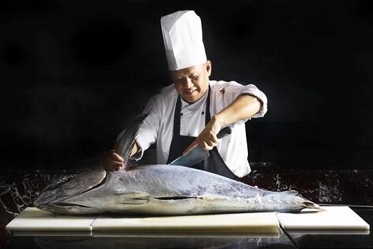 บุฟเฟ่ต์อาหารนานาชาติ ปลาทูน่า อาหารญี่ปุ่น