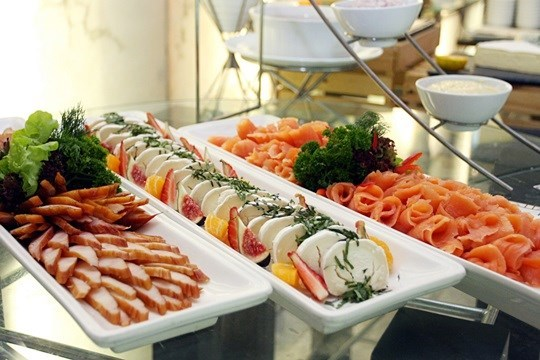 บุฟเฟ่ต์อาหารนานาชาติ อาหารทะเล อาหารญี่ปุ่น