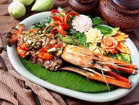 กุ้งแม่น้ำผัดกระเทียมพริกไทย มัลลิการ์ อินเตอร์ฟู๊ด