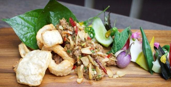 ร้านโบ.ลาน (Bo.Lan)  50 ร้านอาหารยอดเยี่ยมแห่งเอเชียปี 2017 สนับสนุนโดยซาน เปลเลกริโน และอัคควา ปันน่า