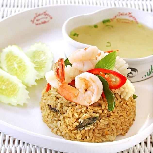 ข้าวผัดเขียวหวานทะเล