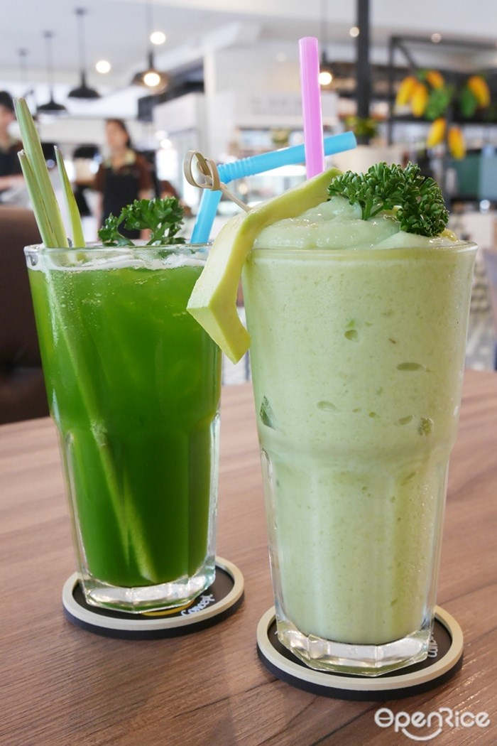 Avocado Frappe และ Wheatgrass-Lemon Grass Soda
